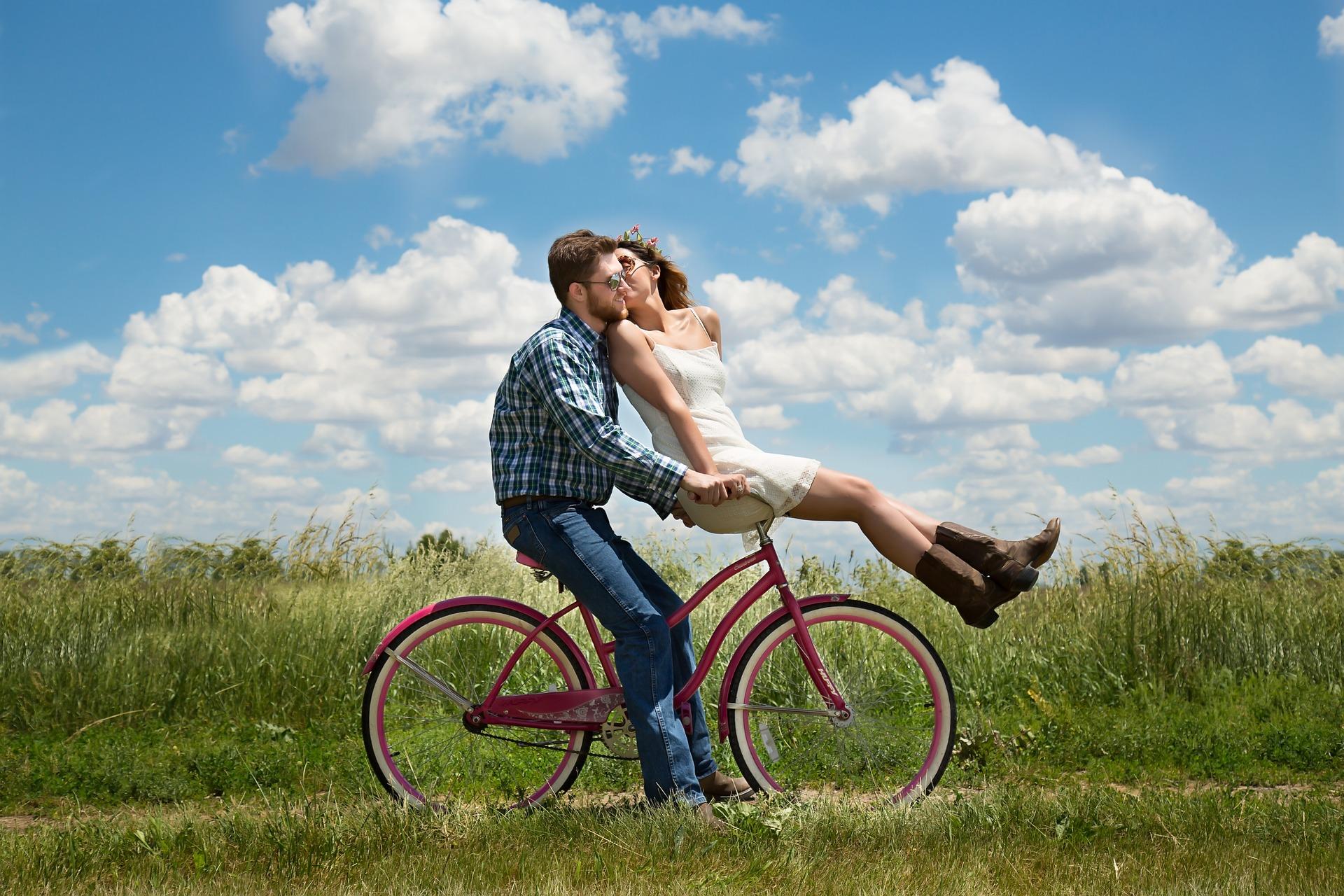 Les lois de l'attraction dans le couple selon les 4 éléments du zodiaque