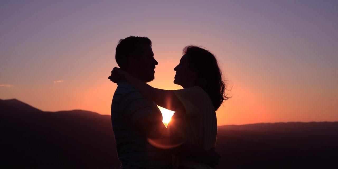 Selon votre signe astrologique, êtes-vous fait pour une vie de couple bien rangée ?